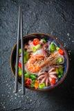 可口海鲜面条用章鱼和大虾 免版税库存照片