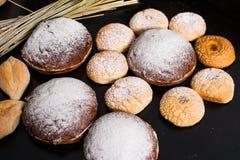 可口被烘烤的物品,传统意大利面包Ciriola Romana 免版税库存照片