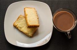 可口黄油的蛋糕 免版税库存照片