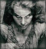可怕妇女葡萄酒画象有邪恶的面孔的 图库摄影