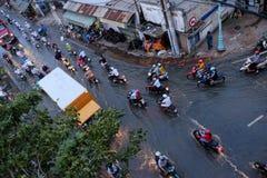 可怕的被充斥的街道在胡志明市 免版税库存照片