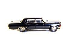 可收回的玩具模型黑色汽车 图库摄影