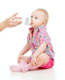 可爱瓶儿童喝 免版税库存照片