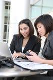 可爱的企业小组妇女 免版税库存照片