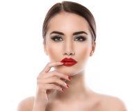 可爱的唇膏红色妇女 免版税库存图片