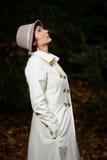 可爱的秋天夜间公园妇女 免版税图库摄影