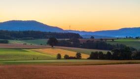 可爱的秋天日出在巴伐利亚,欧洲 免版税库存照片
