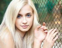 可爱的美丽的白肤金发的女孩 库存图片