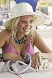可爱的年轻女性画象  免版税库存照片