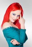 可爱的年轻白肤金发的妇女秀丽画象  图库摄影