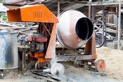 可移植的混凝土搅拌机 库存图片