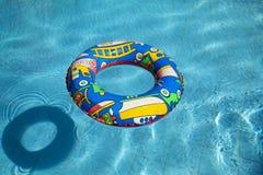 可膨胀的内在池游泳管 免版税库存照片