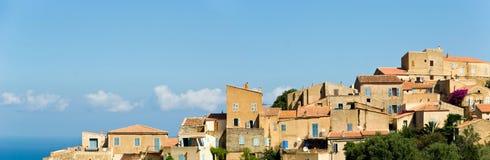 可西嘉岛法国村庄 免版税图库摄影