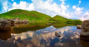 可西嘉岛科西嘉岛creno de法国LAC湖山山 免版税库存照片