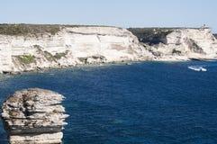 可西嘉岛, Bonifacio, Bonifacio,海滩,地中海,石灰石,峭壁,岩石, Bouches de Bonifacio海峡  免版税库存照片