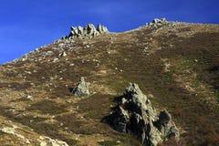 可西嘉岛gr20山行迹 免版税库存图片
