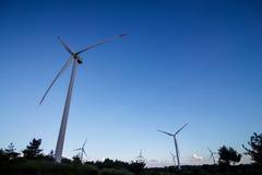 可选择能源农厂来源涡轮风 免版税库存照片