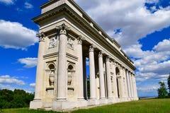 可以找到Reistna柱廊大约在Valtice东南部的2 km 图库摄影