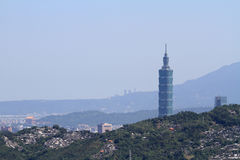 台北台北101和都市风景从Maokong,台湾, ROC的 库存图片