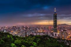 台北市视图在晚上 免版税库存照片
