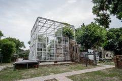 台南,台湾- 11月24,2017 :往事,铁窗口在321艺术村庄 图库摄影