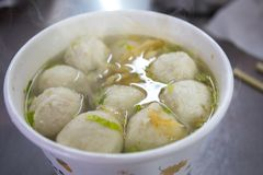 台湾快餐,冬天粉末,鱼丸汤,旗鱼,鱼丸汤, 图库摄影