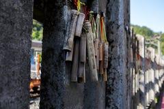 台湾,观光的斑点,瑞芳猴子洞,猫村庄,保佑墙壁,祷告竹子 免版税图库摄影