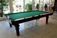 台球台在Kleopatra海滩旅馆阿拉尼亚,土耳其里 库存照片