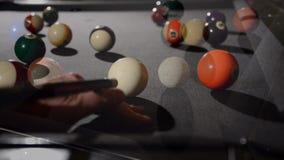 台球情节比赛作用池起始时间 影视素材