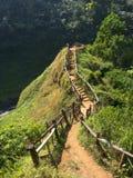 台阶上升小山对瀑布观点在老挝 免版税图库摄影
