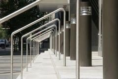 台阶和扶手栏杆 免版税库存照片