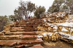 台阶在大峡谷国家公园 库存照片