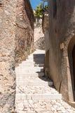 台阶在村庄 免版税图库摄影