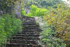 台阶在老村庄 免版税库存图片