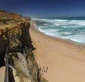 台阶的下降对海滩的向在附近的太平洋 库存照片