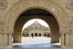 史丹福大学的纪念教会 免版税库存图片