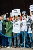 史特拉斯堡举行在巴黎攻击杀害的那些的沈默守夜 免版税库存照片