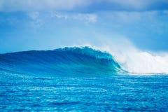 史诗波浪,完善的海浪 库存图片