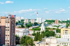 叶卡捷琳堡鸟瞰图2013年6月26日的 免版税库存图片