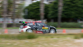 司机卡利德Al Qassimi和他的共同司机克里斯Petterson的WRC汽车 库存图片