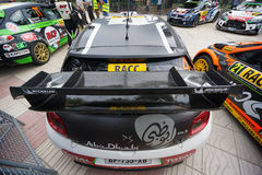 司机Mads Ostberg和他的共同司机乔纳斯安德森的WRC汽车 库存图片