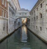 叹气桥梁, Ponte dei Sospiri在Venezia,威尼斯意大利 免版税库存图片