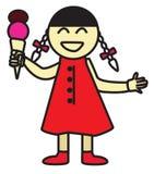 吃冰淇凌的愉快的逗人喜爱的女孩 免版税库存照片