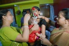 吃第一印度米的仪式 库存图片