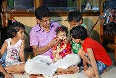 吃第一印度米的仪式 免版税库存照片