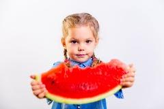 吃西瓜的孩子 图库摄影