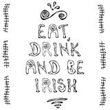 吃饮料并且爱尔兰语 圣帕特里克` s天卡片 图库摄影