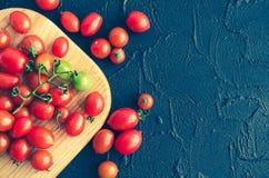 各种各样的五颜六色的蕃茄 免版税库存照片