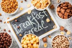 各种各样的早餐谷物 库存照片