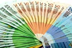 从各种各样的欧元的金钱爱好者发单500 200 100 50 20 免版税库存照片